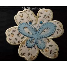 Motif thermocollant fleur Papillon