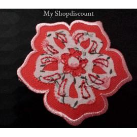 Motif thermocollant pétale fleur rose